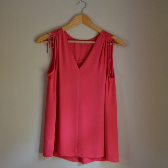 LOFT Tops - Ann Taylor LOFT v-neck blouse